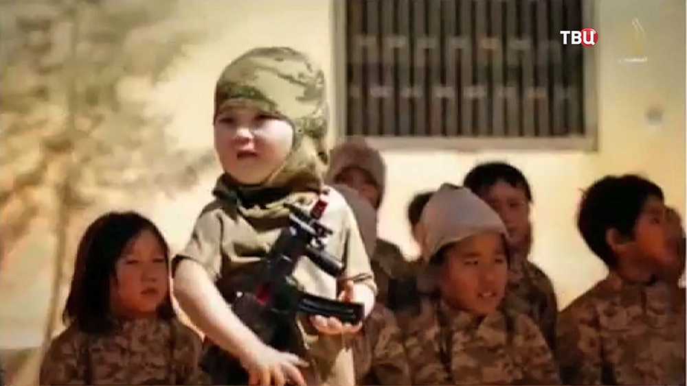 """Школа для юных боевиков """"Исламского государства"""""""