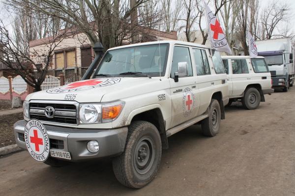 Автомобили Международного Комитета Красного Креста