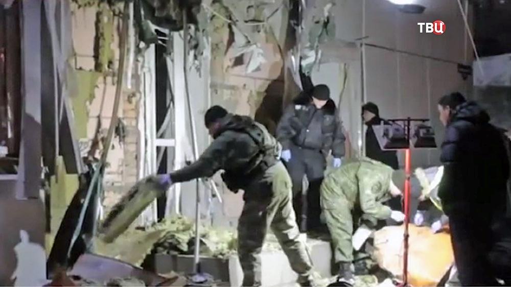 """Следственные действия на месте взрыва в офисе парламентской партии """"Самопомощь"""" в Одессе"""