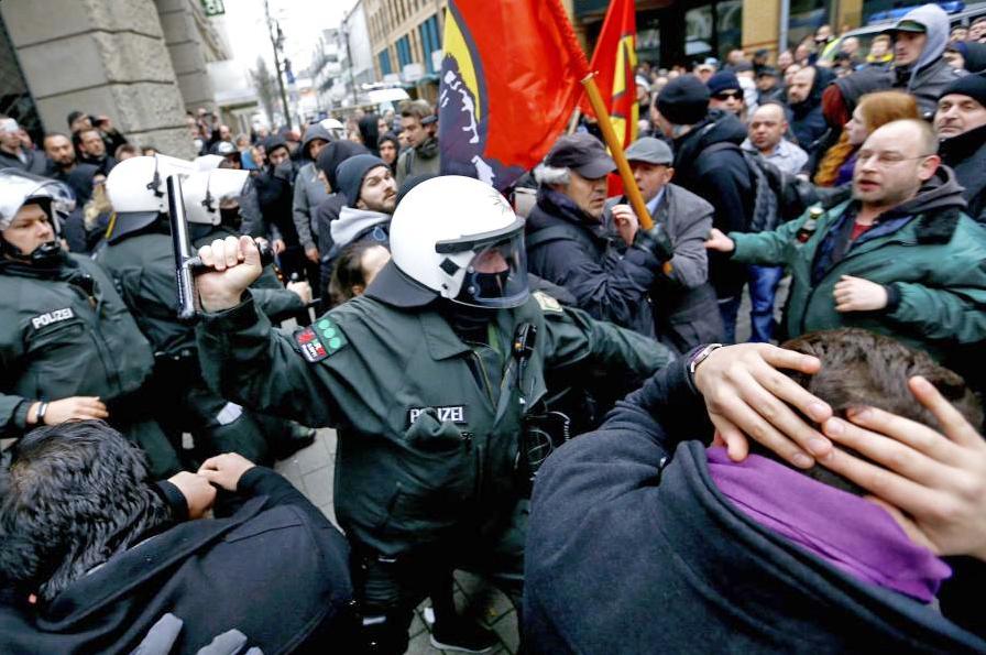 Уличные беспорядки в Германии