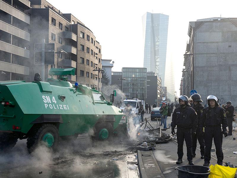 Волнения во Франкфурте-на-Майне