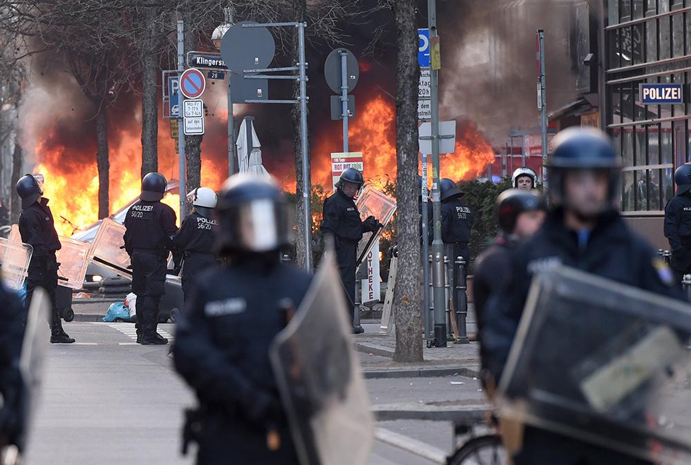 Беспорядки во Франкфурте-на-Майне