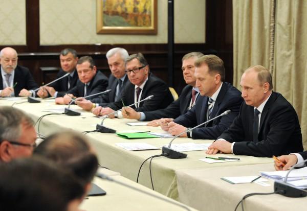 Президент России Владимир Путин проводит встречу с членами бюро Российского союза промышленников и предпринимателей