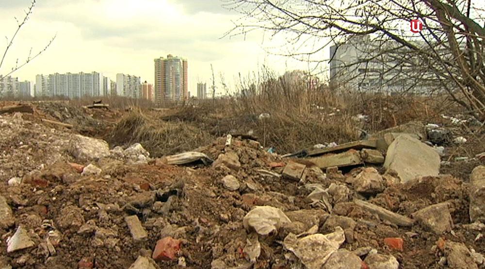 Свалка строительного мусора