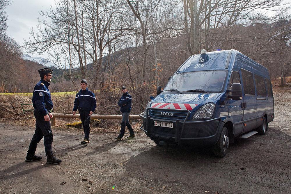 Полиция Франции на месте крушения Airbus A320 авиакомпании Germanwings во Франции