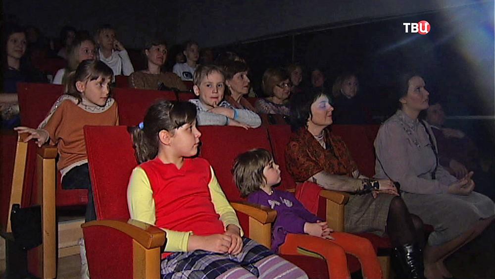 """""""Ночь в театре"""""""