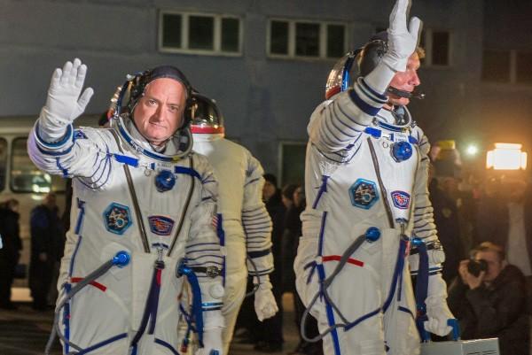 Экипаж МКС Скотт Келли и Геннадий Падалка