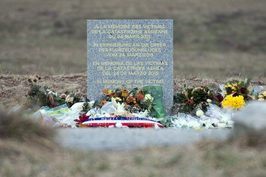 Мемориал на месте крушения Airbus A320 авиакомпании Germanwings