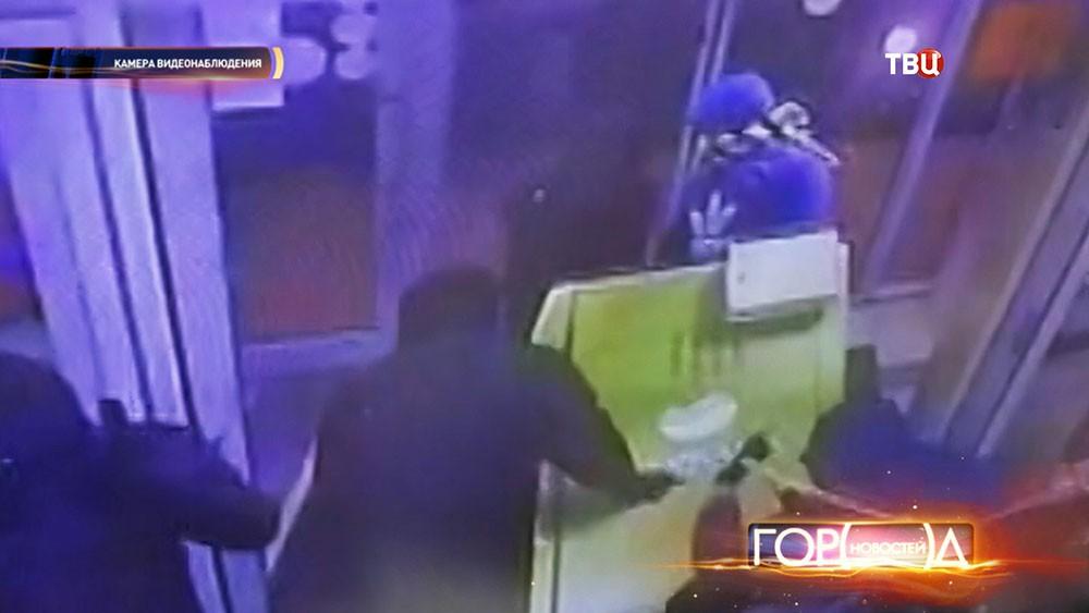 Во время кражи банкомата