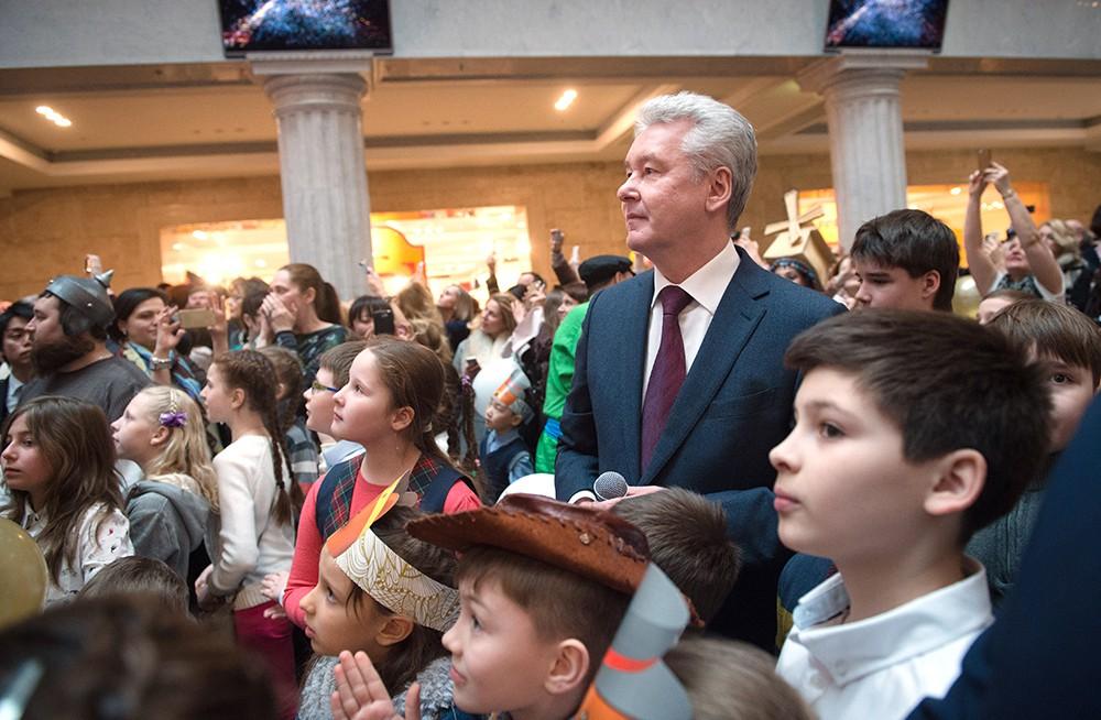 Мэр Москвы Сергей Собянин во время открытия Центрального детского магазина