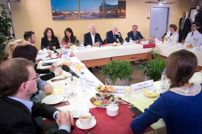 Сергей Собянин на встрече с участниками краудсорсинг-проекта «Московская поликлиника»