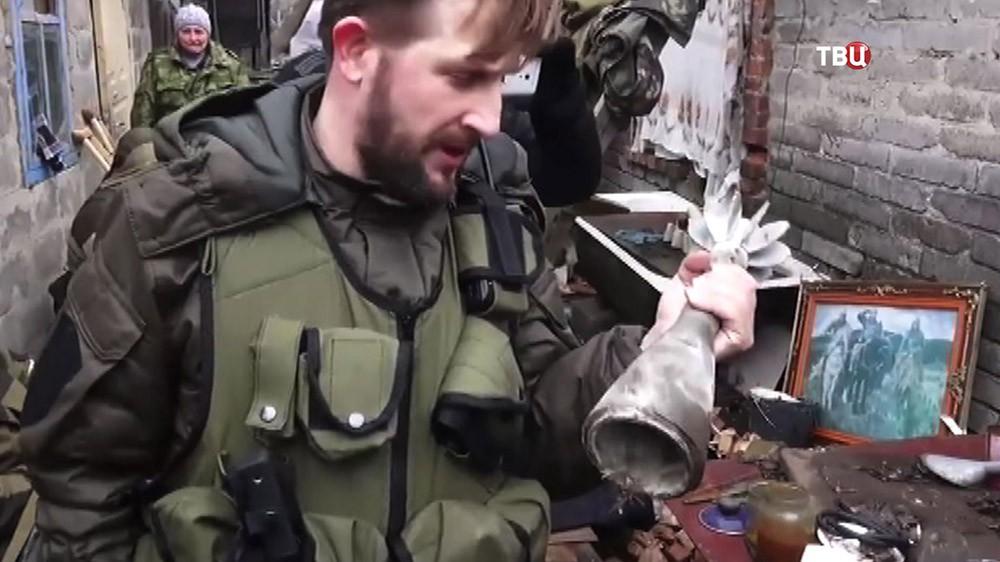 Последствие обстрела жилых кварталов в Донбассе украинскими военными
