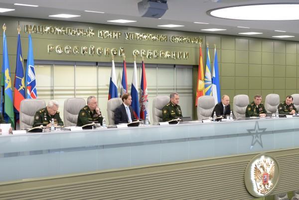 Президент России Владимир Путин проводит единый день приемки военной продукции в Национальном центре управления обороной РФ