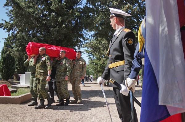 церемония захоронения останков воинов, погибших в годы Великой Отечественной войны в Севастополе