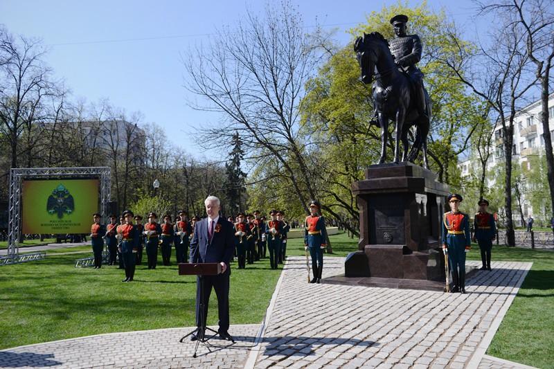 Мэр Москвы Сергей Собянин открыл памятник маршалу Рокоссовскому