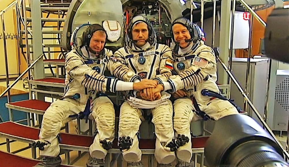 Тренировка нового экипажа МКС