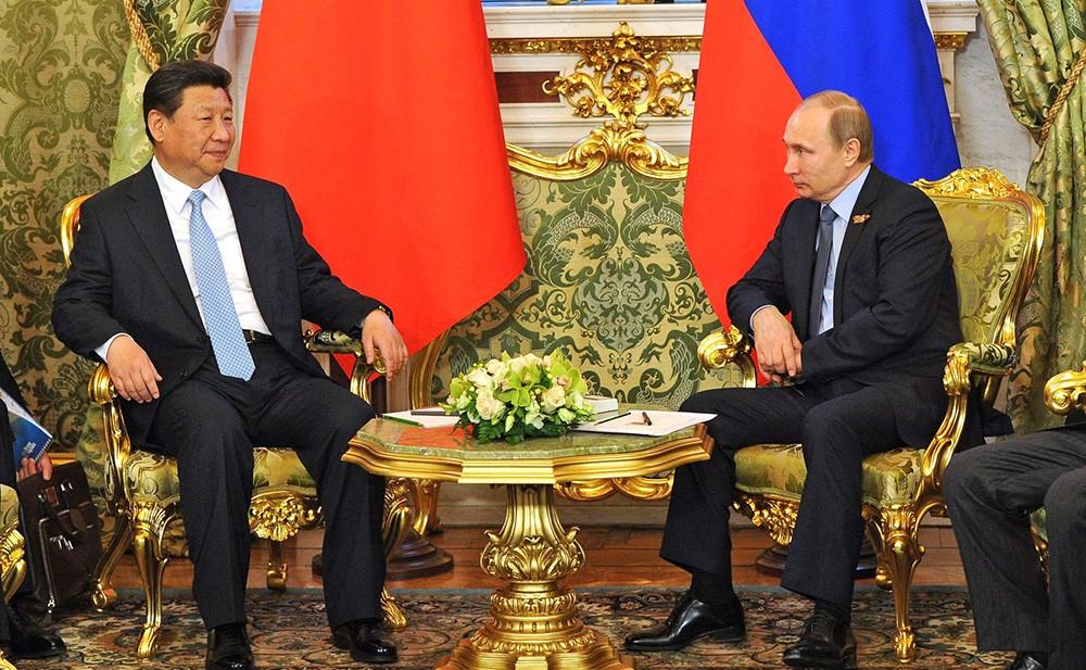Президент России Владимир Путин и президент КНР Си Цзиньпин