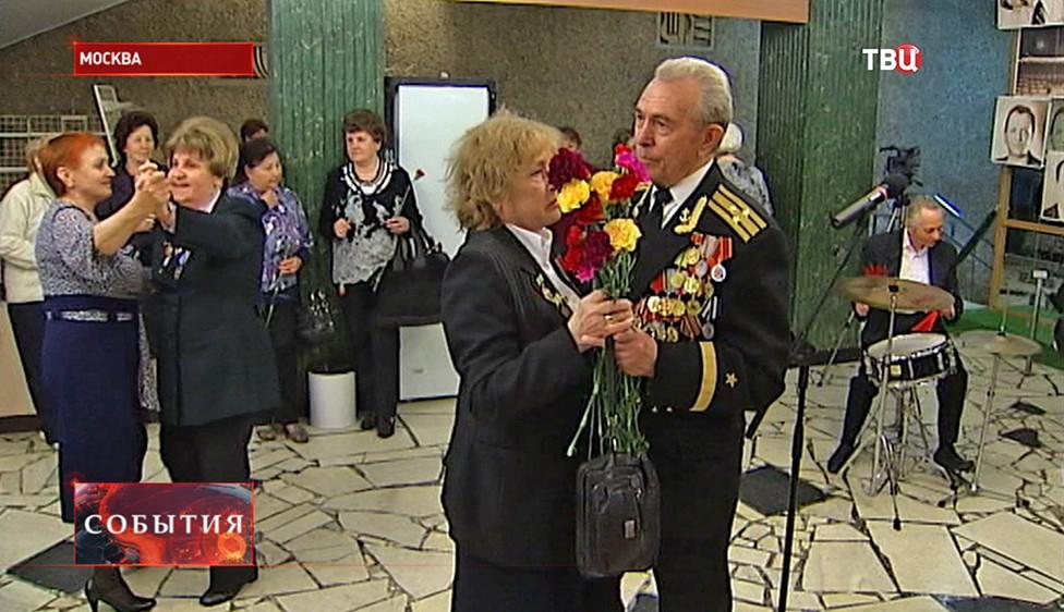 Театр Сатиры представил спектакль о концертной бригаде на фронте