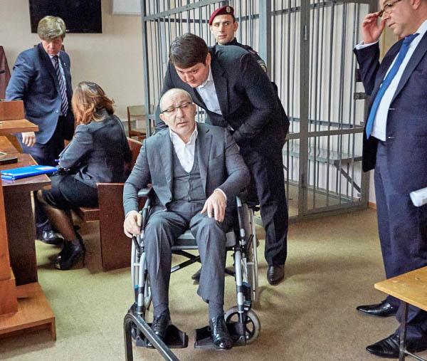 Мэр Харькова Геннадий Кернес в зале суда