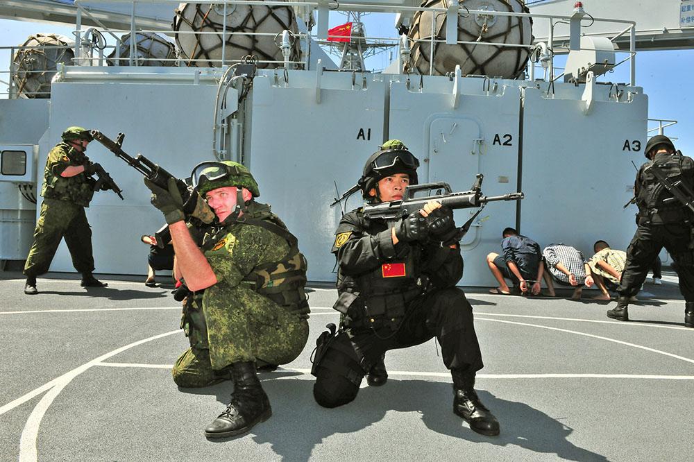 Росско-китайские военно-морские учения