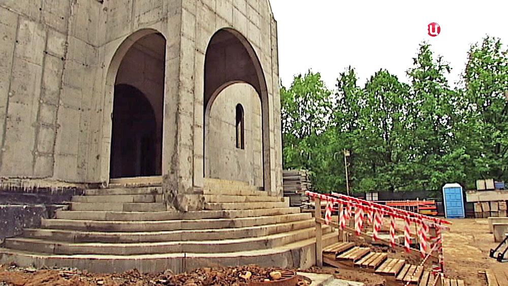 Cтроительство храма в честь Двенадцати Апостолов