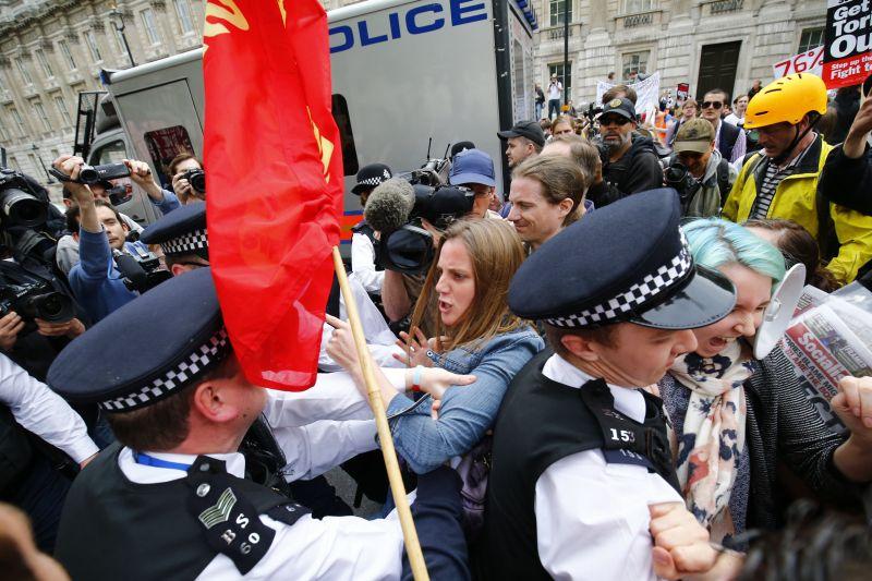 Протестующие в Лондоне