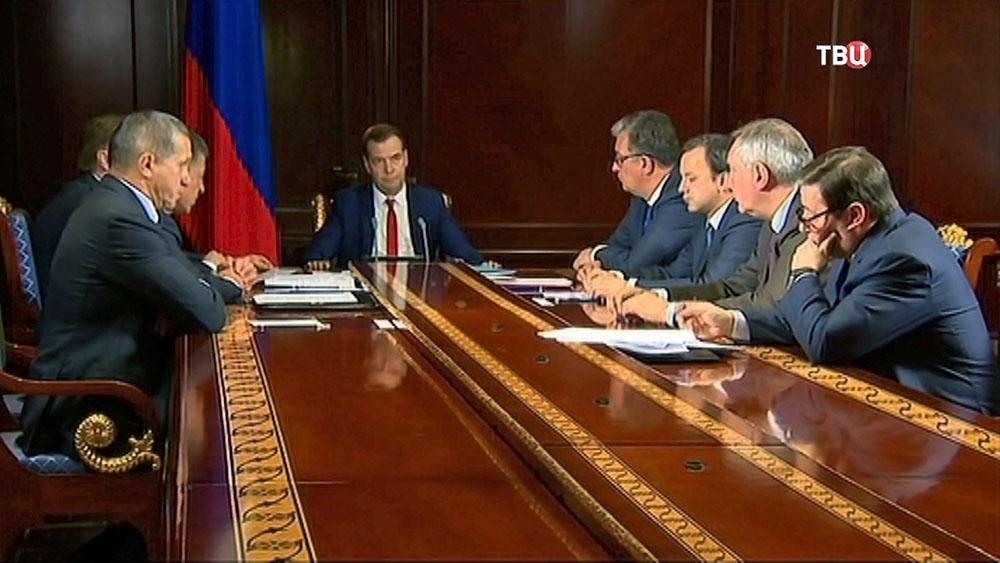 Дмитрий Медведев провёл заседание членов правительства РФ