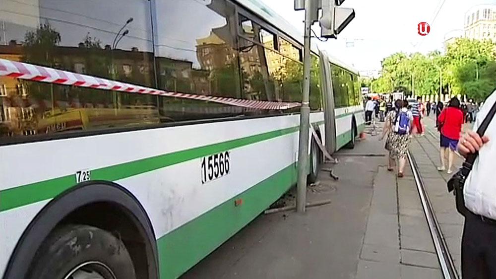 Последствия ДТП с автобусом