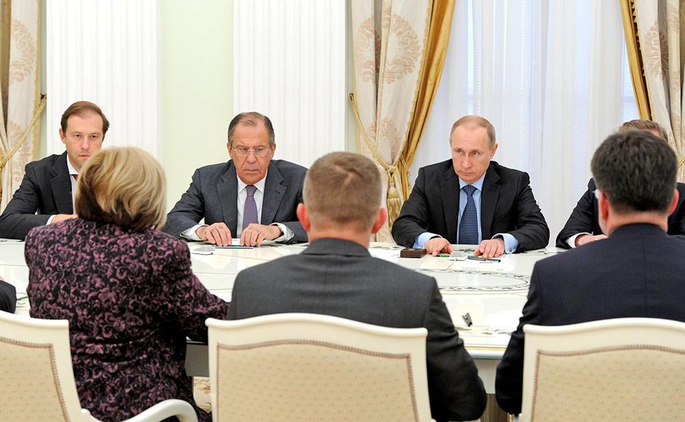 Президент России Владимир Путин во время встречив Кремле с премьер-министром Словакии Робертом Фицо