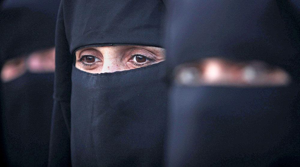 Мусульманские женщины в хиджабах