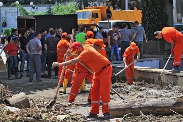 Устранения последствий наводнения в Грузии