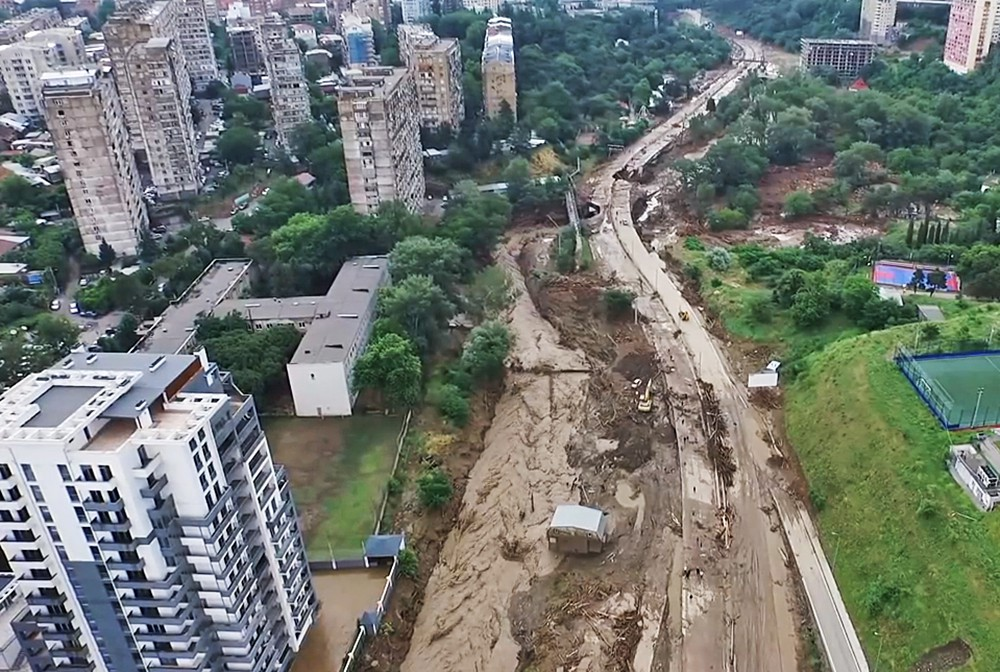 Последствия наводнения в Грузии