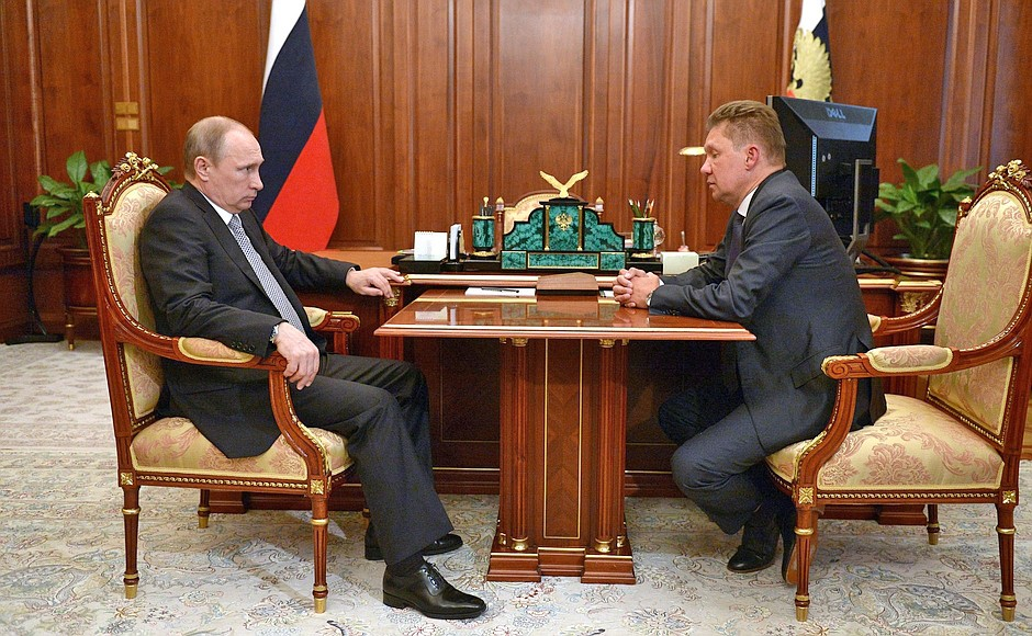 Президент России Владимир Путин и председатель правления компании «Газпром» Алексей Миллер