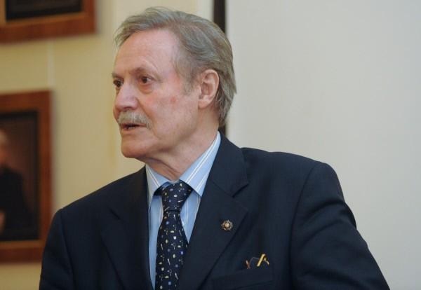Актер Юрий Соломин