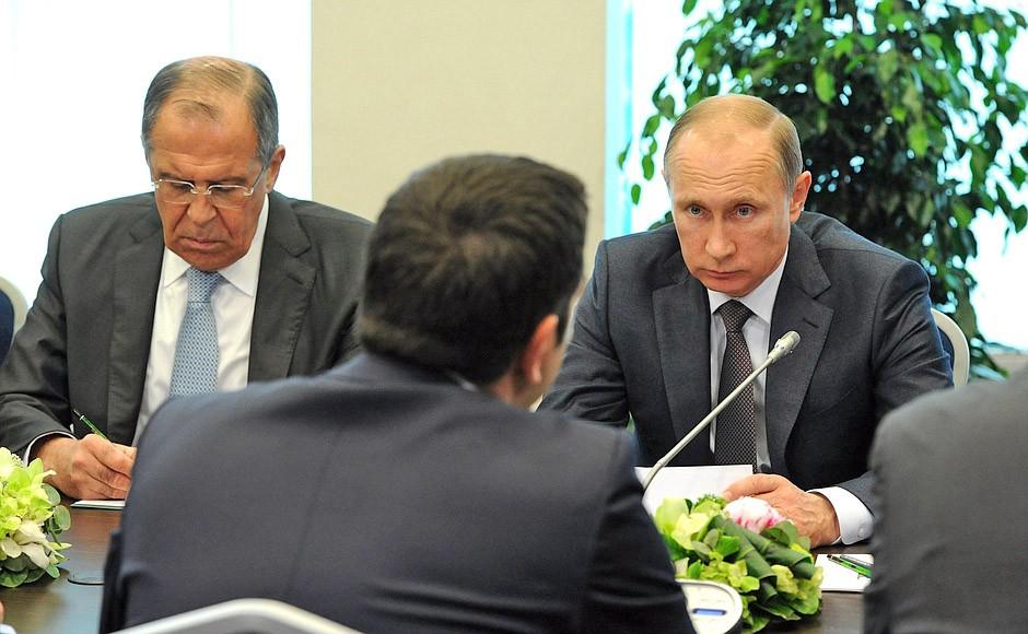 Президент России Владимир Путин встретился с премьер-министром Греции Алексисом Ципрасом
