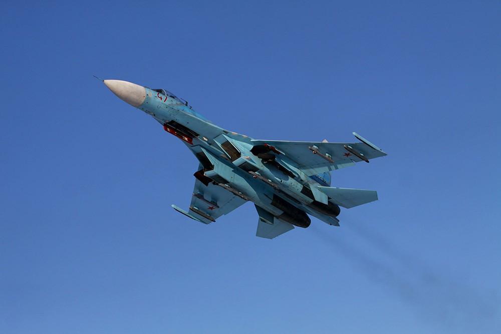 Истребитель Су-27С в воздухе