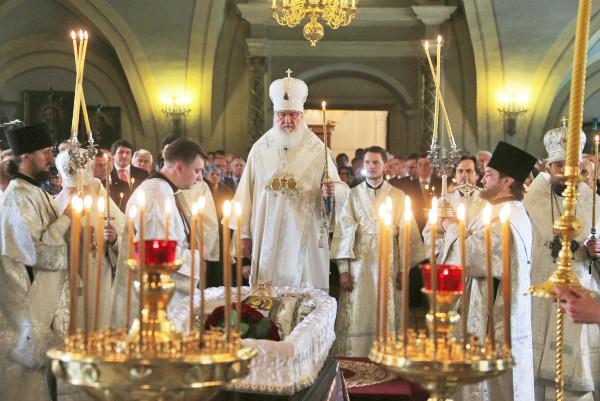 Отпевание Евгения Примакова в Новодевичьем монастыре Москвы