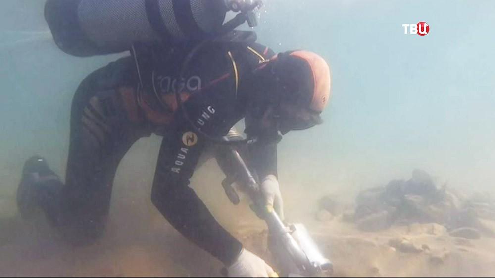 Археологи под водой