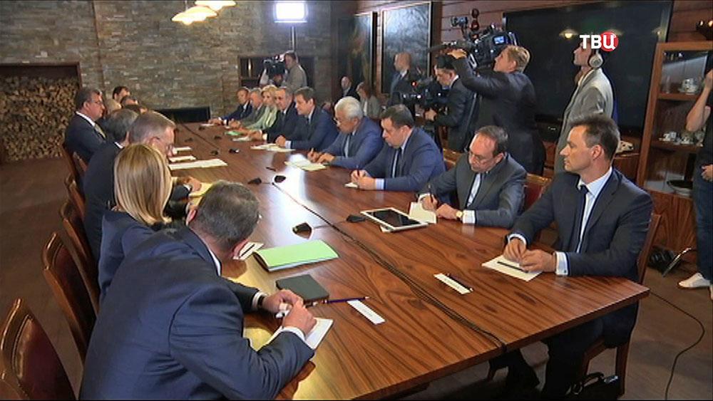 """Заседание руководства и представителей """"Единой России"""""""