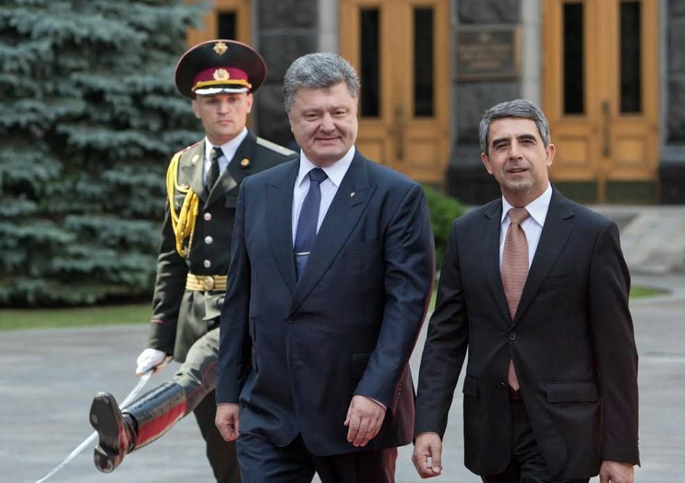 Президент Украины Петр Порошенко и и президент Болгарии Росен Плевнелиев