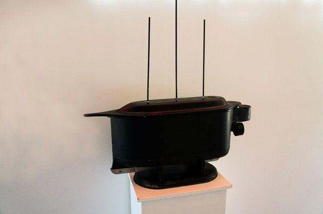 Модель радиоуправляемой лодки Теслы