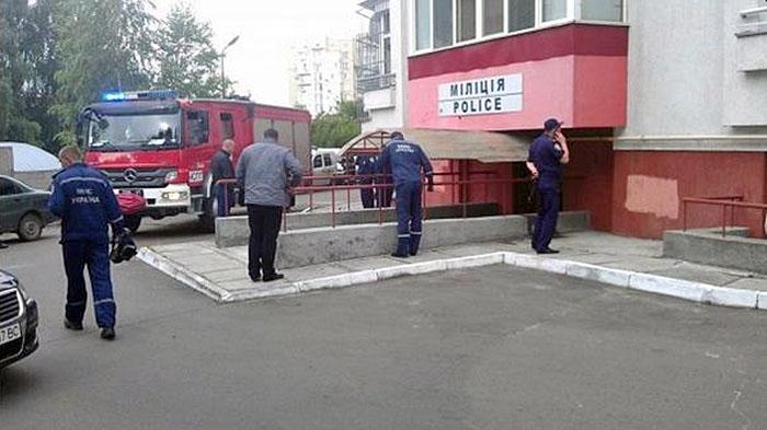 На месте взрыва в отделении милиции во Львове
