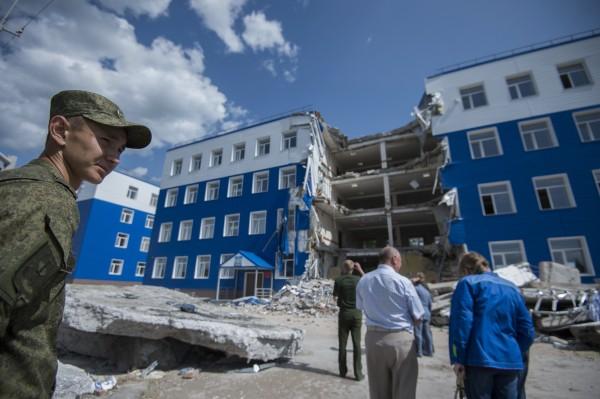 Здание казармы учебного центра ВДВ в поселке Светлый Омской области