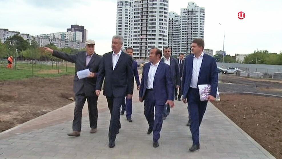 Сергей Собянин осмотрел строительство нового парка