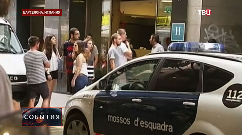 Место стрельбы у отеля в Барселоне