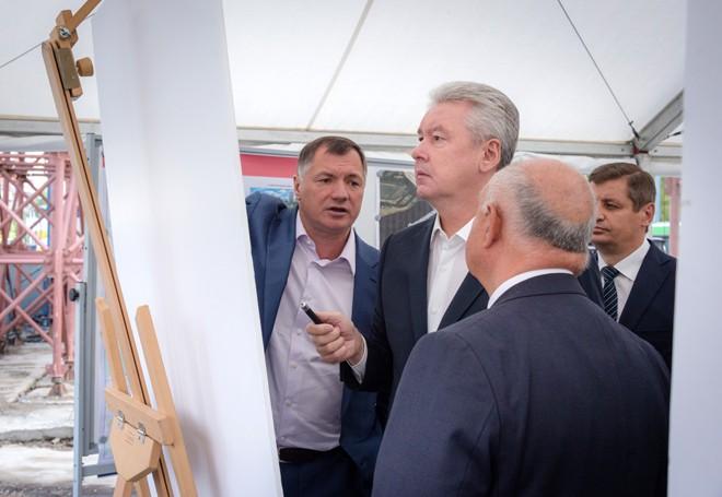 Сергей Собянин на реконструкции Большой Академической улицы