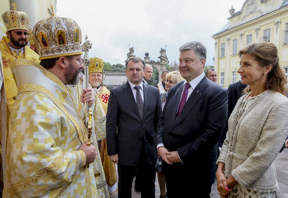 Президент Украины Петр Порошенко и его жены Марина Порошенко