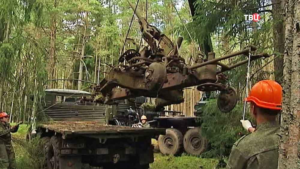 Эвакуация военной техники времен второй мировой войны с острова Гогланд