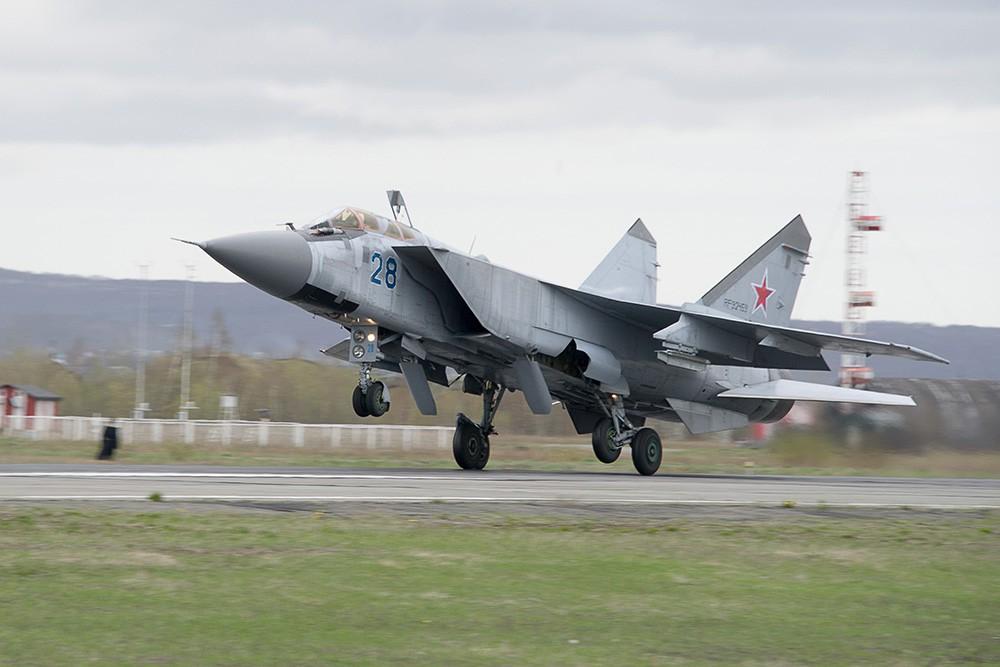 Высотный истребитель МиГ-31