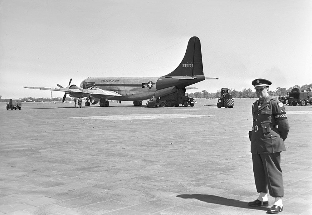 Боинг B-29 самый эффективный бомбардировщик Второй мировой войны, был использован в августе 1945 года для доставки ядерных бомб на Хиросиму и Нагасаки